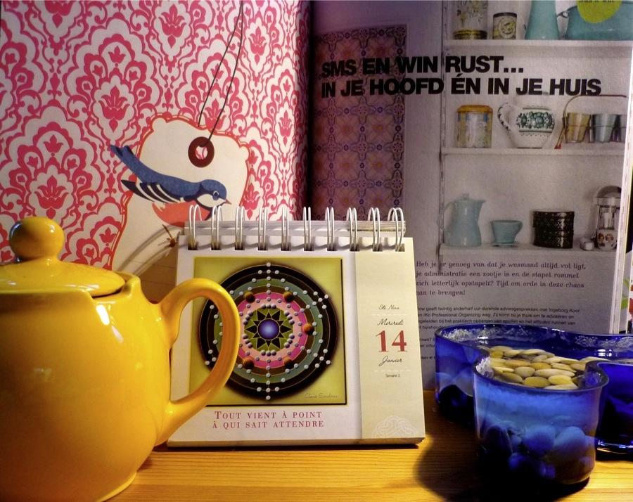 SylvieBoireau-yellow-teapot